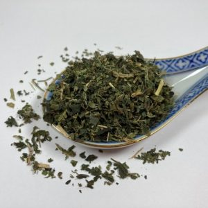 allergies, blood cleansing, circulation, detox, horses, immune system, iron, kidneys, liver, nettles, nettle leaf, respiratory, tonic, urinary system, vitamin C, anti-inflammatory